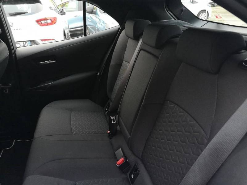 Toyota Corolla PRO HYBRIDE 122h Dynamic Gris occasion à VANNES - photo n°5
