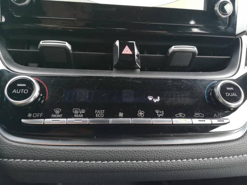Toyota Corolla PRO HYBRIDE 122h Dynamic Gris occasion à VANNES - photo n°17