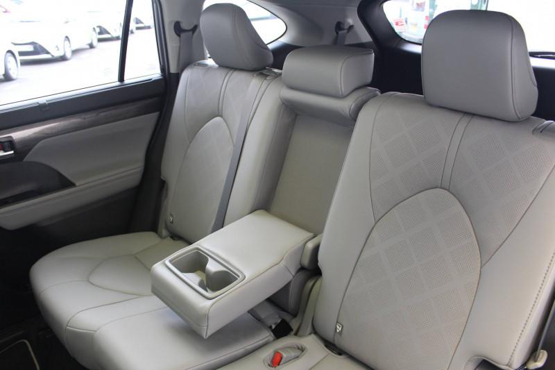 Toyota Highlander Highlander Hybride 248 ch AWD-i Lounge 5p Bleu occasion à Montauban - photo n°6