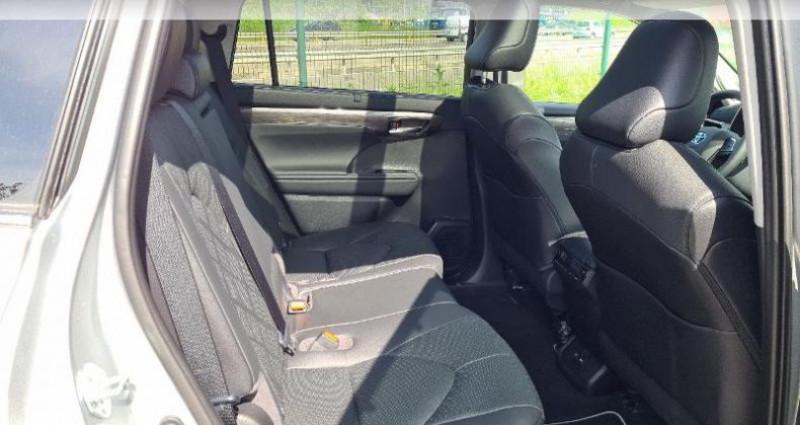 Toyota Highlander Hybrid 248ch Lounge AWD-I Gris occasion à Hoenheim - photo n°7