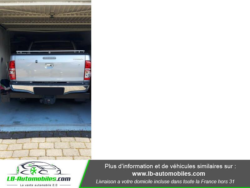 Toyota Hilux D-4D Double Cab 171 4WD BVA Argent occasion à Beaupuy - photo n°2