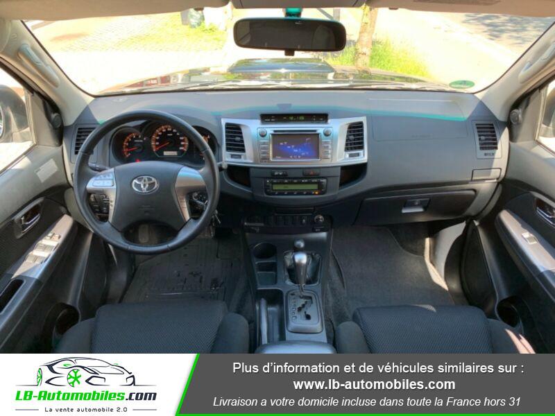 Toyota Hilux D-4D Double Cab 171 4WD BVA Noir occasion à Beaupuy - photo n°2