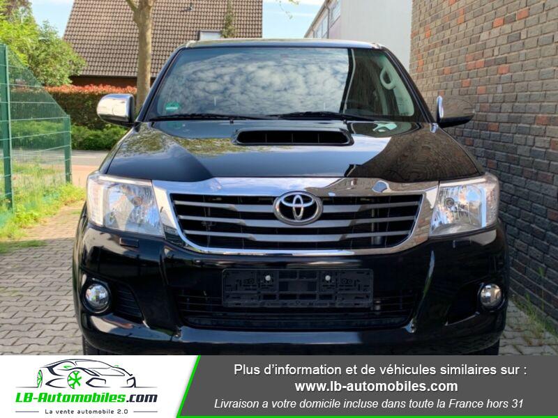 Toyota Hilux D-4D Double Cab 171 4WD BVA Noir occasion à Beaupuy - photo n°6