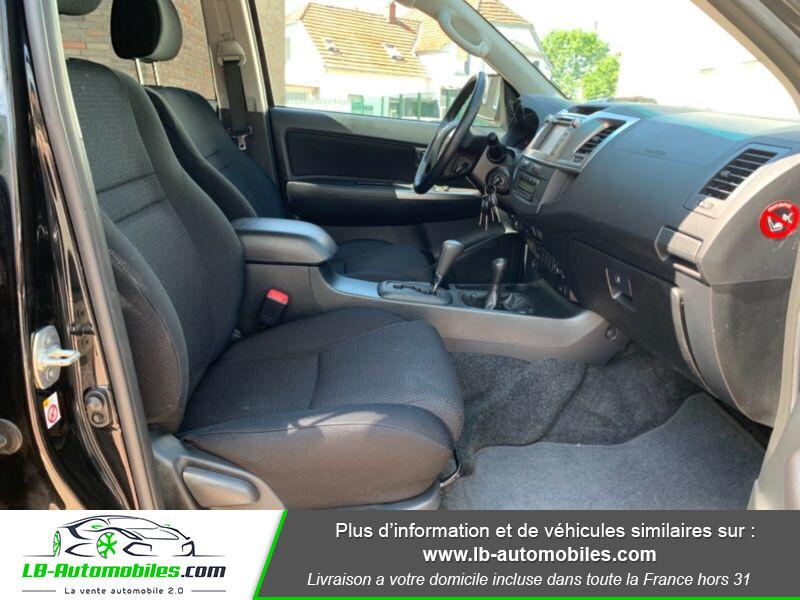 Toyota Hilux D-4D Double Cab 171 4WD BVA Noir occasion à Beaupuy - photo n°4