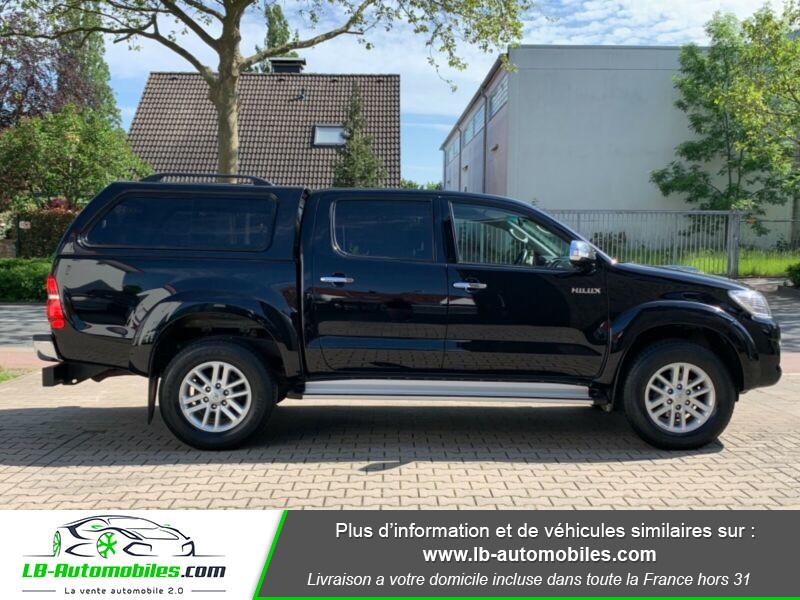 Toyota Hilux D-4D Double Cab 171 4WD BVA Noir occasion à Beaupuy - photo n°8