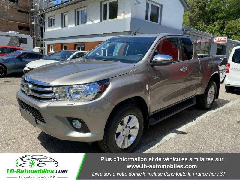Toyota Hilux X-TRA CAB 4WD 2.4L 150 D-4D Gris occasion à Beaupuy