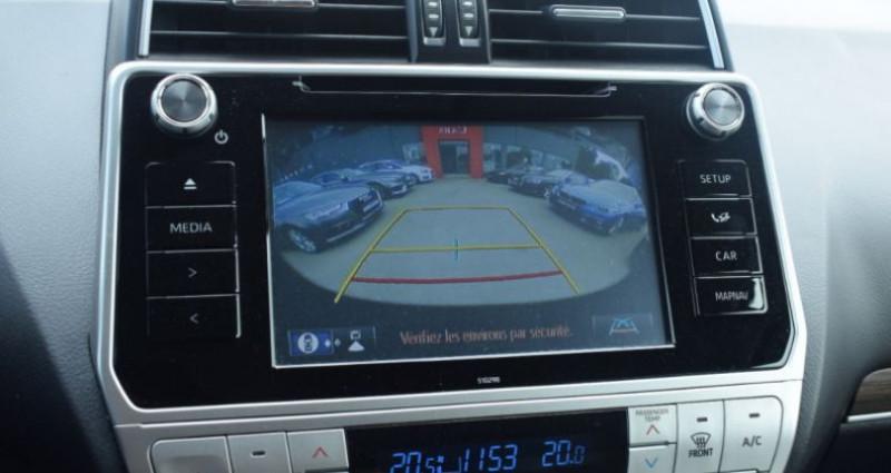 Toyota Land Cruiser 177 D-4D LEGENDE BVA 3P RC18 tva récupérable Noir occasion à VENDARGUES - photo n°2