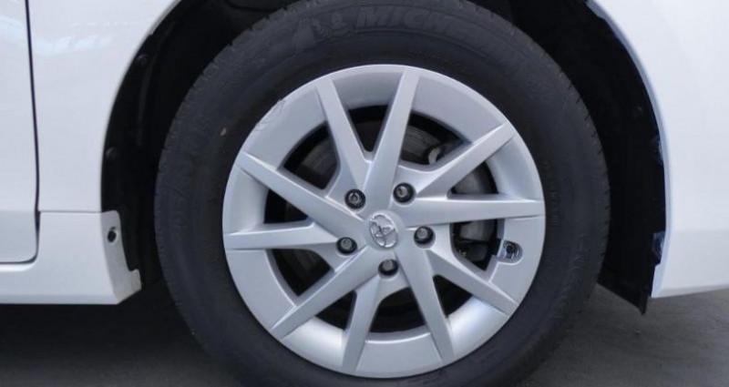 Toyota Prius 136h Active TSS  occasion à Mouilleron Le Captif - photo n°7