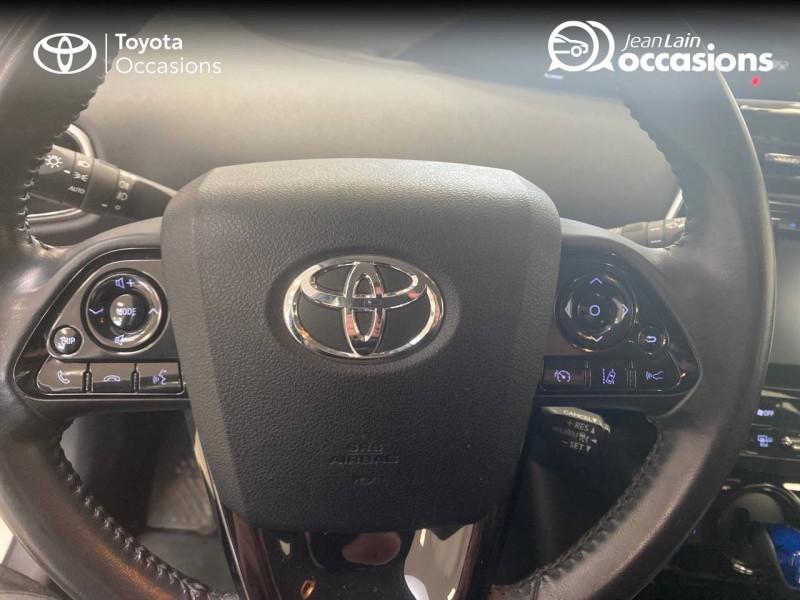 Toyota Prius Prius Pro Lounge 5p Blanc occasion à Seyssinet-Pariset - photo n°12
