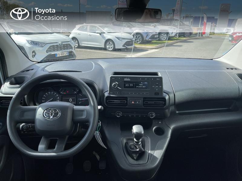 Toyota Proace Medium 1.2 110 VVT-i Dynamic RC21 Blanc occasion à VANNES - photo n°8