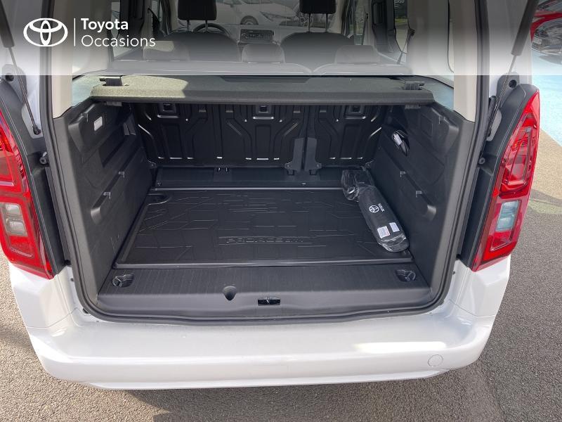 Toyota Proace Medium 1.2 110 VVT-i Dynamic RC21 Blanc occasion à VANNES - photo n°10
