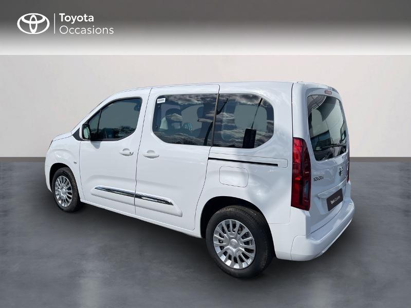 Toyota Proace Medium 1.2 110 VVT-i Dynamic RC21 Blanc occasion à VANNES - photo n°2