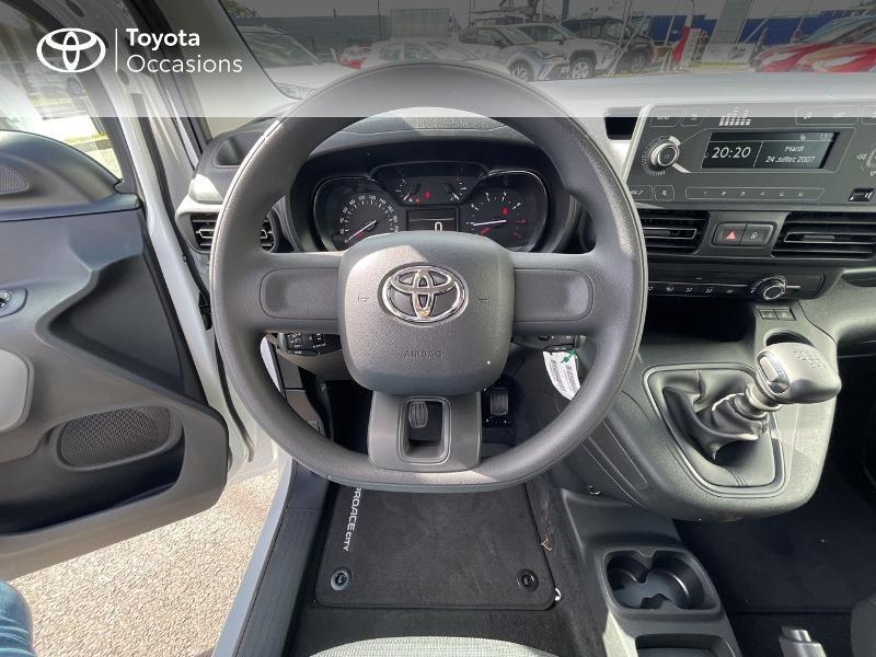 Toyota Proace Medium 1.2 110 VVT-i Dynamic RC21 Blanc occasion à VANNES - photo n°9
