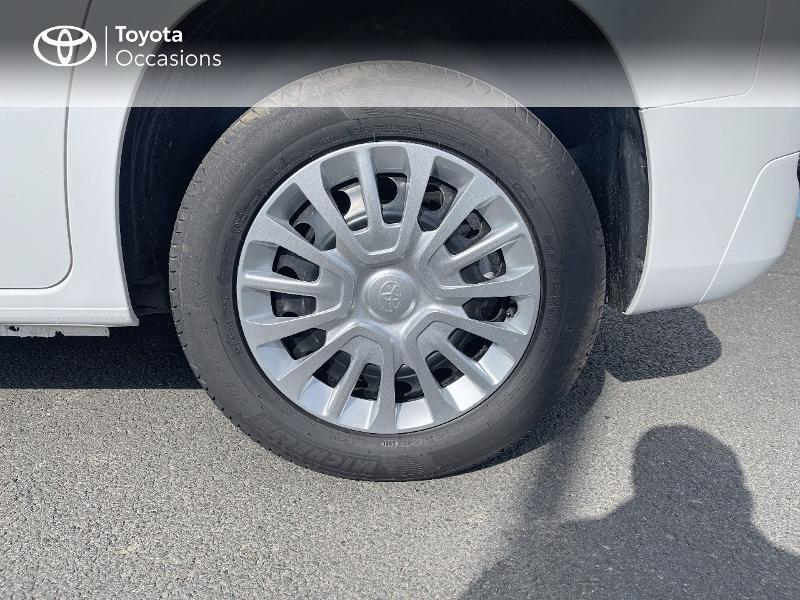 Toyota Proace Medium 1.2 110 VVT-i Dynamic RC21 Blanc occasion à VANNES - photo n°16