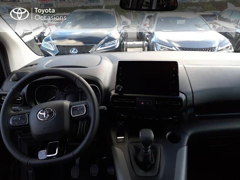 Toyota Proace Medium 1.5 100 D-4D Design RC21 Gris occasion à LANESTER - photo n°8