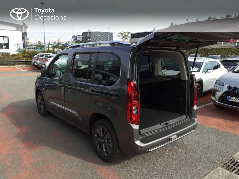 Toyota Proace Medium 1.5 100 D-4D Design RC21 Gris occasion à LANESTER - photo n°2