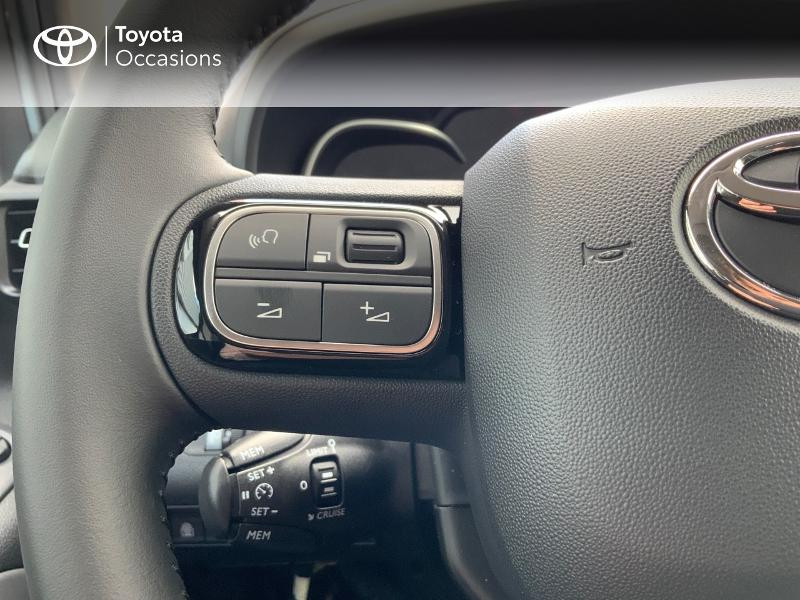 Toyota Proace Medium 1.5 100 D-4D Executive RC21 Gris occasion à Pluneret - photo n°20