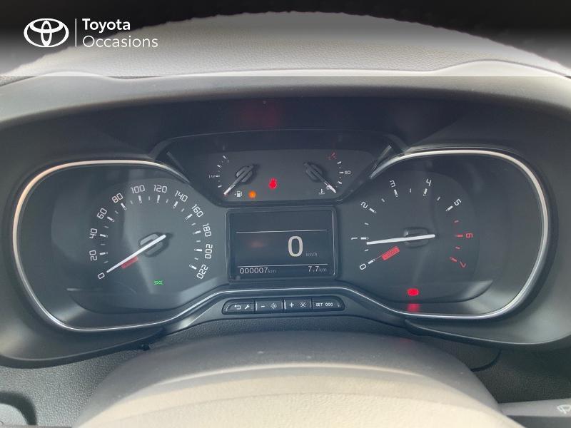 Toyota Proace Medium 1.5 100 D-4D Executive RC21 Gris occasion à Pluneret - photo n°14