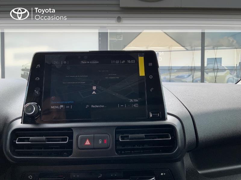 Toyota Proace Medium 1.5 100 D-4D Executive RC21 Gris occasion à Pluneret - photo n°15