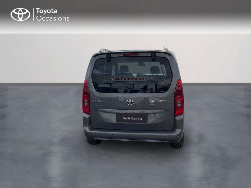 Toyota Proace Medium 1.5 100 D-4D Executive RC21 Gris occasion à Pluneret - photo n°4