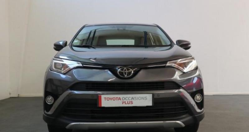 Toyota RAV 4 143 D-4D Dynamic 2WD Gris occasion à Royan - photo n°7