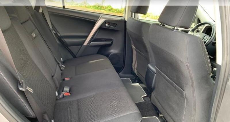 Toyota RAV 4 197 Hybride Dynamic Edition 2WD CVT Gris occasion à Saintes - photo n°7