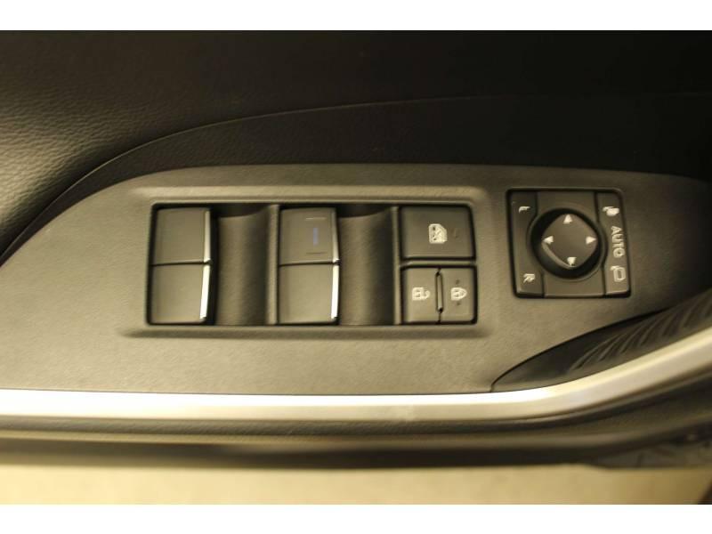 Toyota RAV 4 HYBRIDE 218 ch 2WD Dynamic Blanc occasion à Cahors - photo n°10