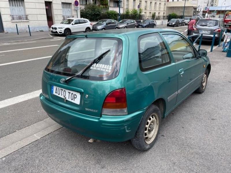 Toyota Starlet 1.3 75CH GL 3P Vert occasion à Pantin - photo n°3