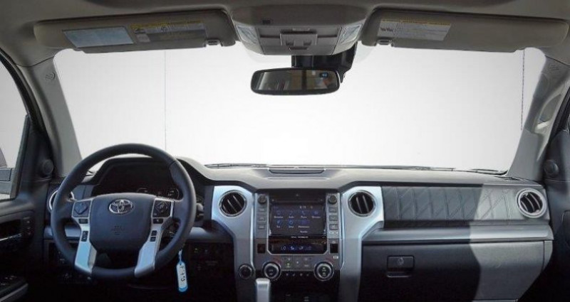 Toyota Tundra 5,7 v8 4x4 platinum crew max  occasion à PONTAULT COMBAULT - photo n°4