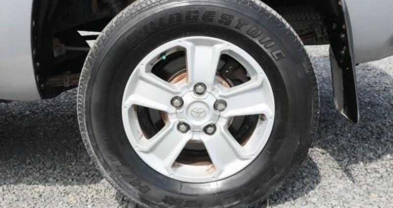 Toyota Tundra Sr 5.7l 4wd 381 hp prix tout compris hors homologation 4500  Gris occasion à Paris - photo n°3