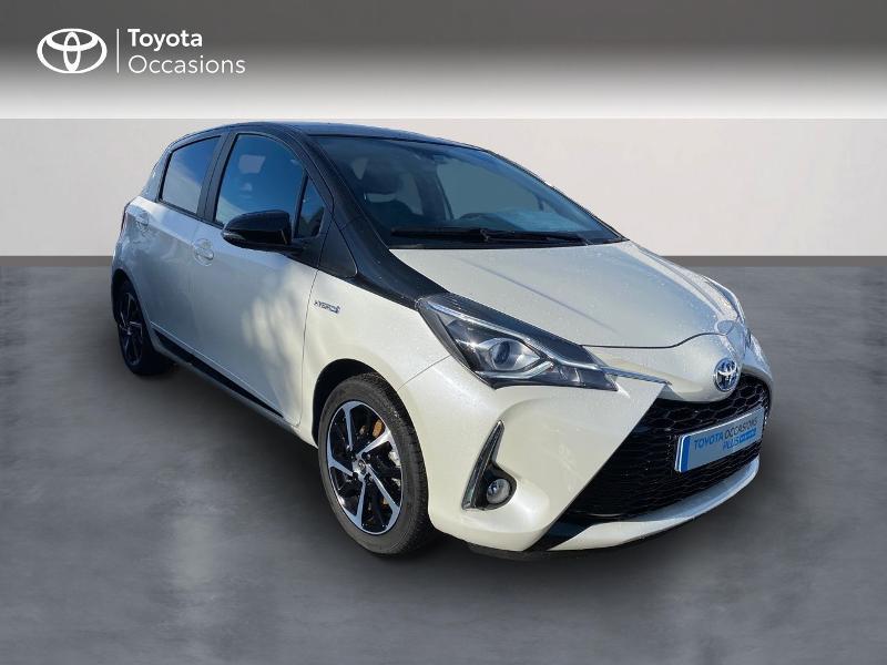 Toyota Yaris 100h Collection 5p MY19 Blanc occasion à NOYAL PONTIVY