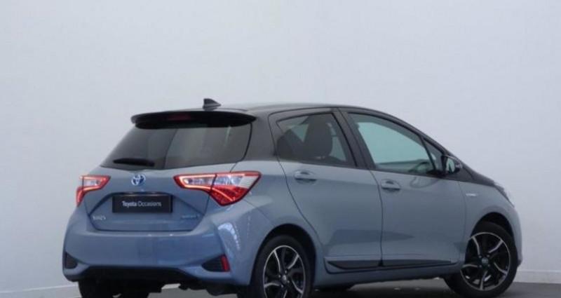 Toyota Yaris 100h Collection 5p Gris occasion à Mouilleron Le Captif - photo n°3