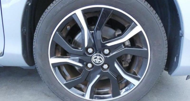 Toyota Yaris 100h Collection 5p Gris occasion à Mouilleron Le Captif - photo n°5