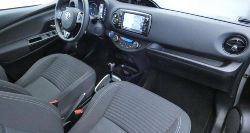 Toyota Yaris 100h Collection 5p Gris occasion à Mouilleron Le Captif - photo n°7