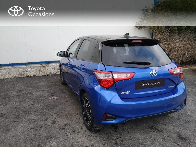Toyota Yaris 100h Collection 5p Bleu occasion à Saint-Jouan-des-Guérets - photo n°2