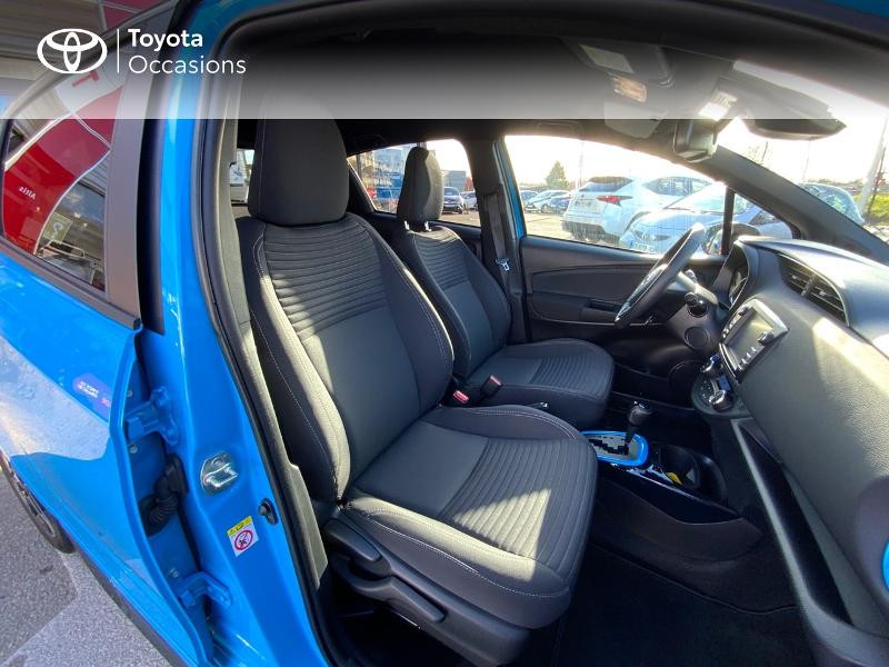 Toyota Yaris 100h Cyan Edition 5p RC18 Bleu occasion à Pluneret - photo n°6