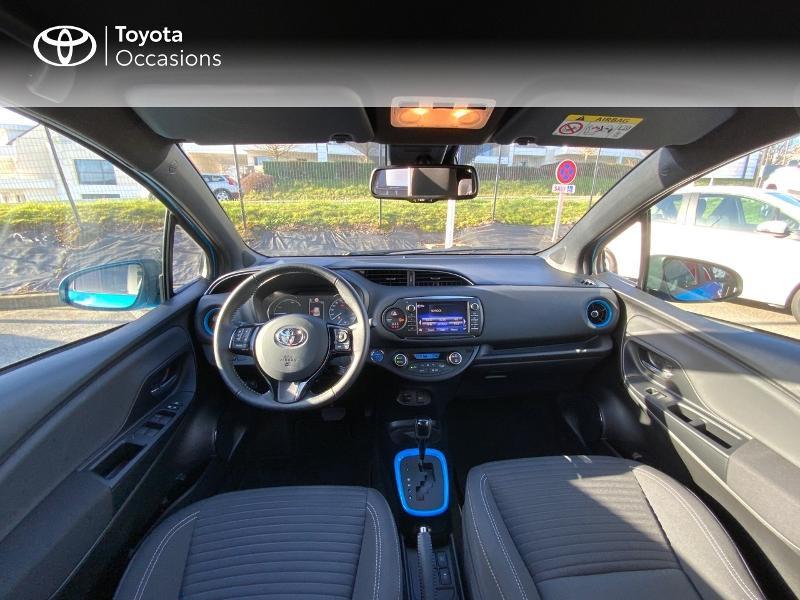 Toyota Yaris 100h Cyan Edition 5p RC18 Bleu occasion à Pluneret - photo n°8