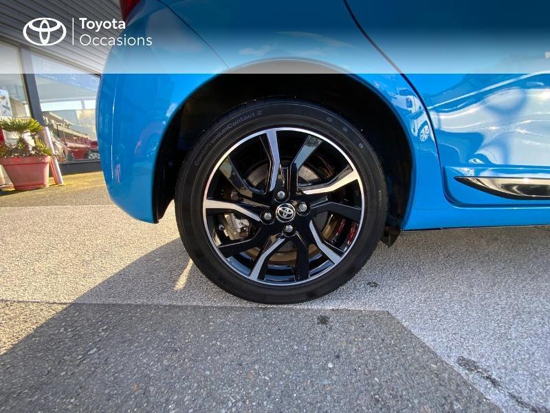 Toyota Yaris 100h Cyan Edition 5p RC18 Bleu occasion à Pluneret - photo n°16