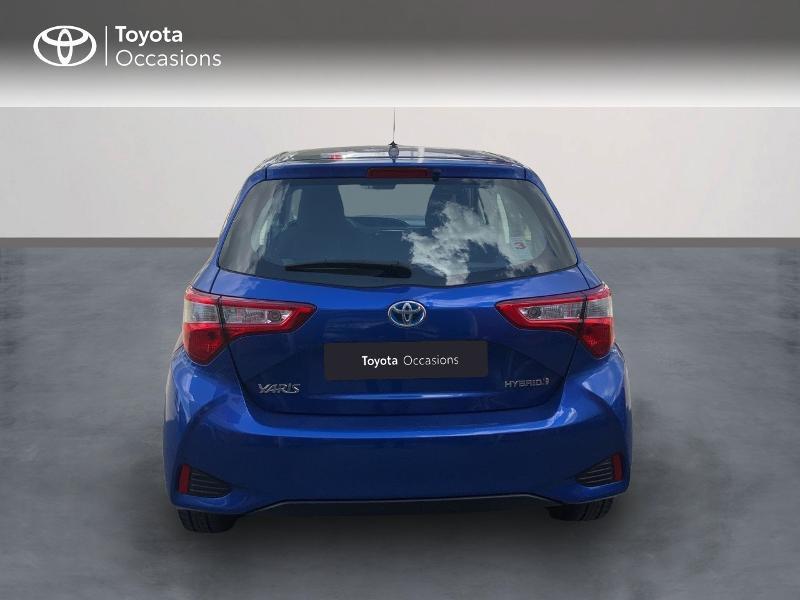Toyota Yaris 100h Dynamic 5p MY19 Bleu occasion à Pluneret - photo n°4