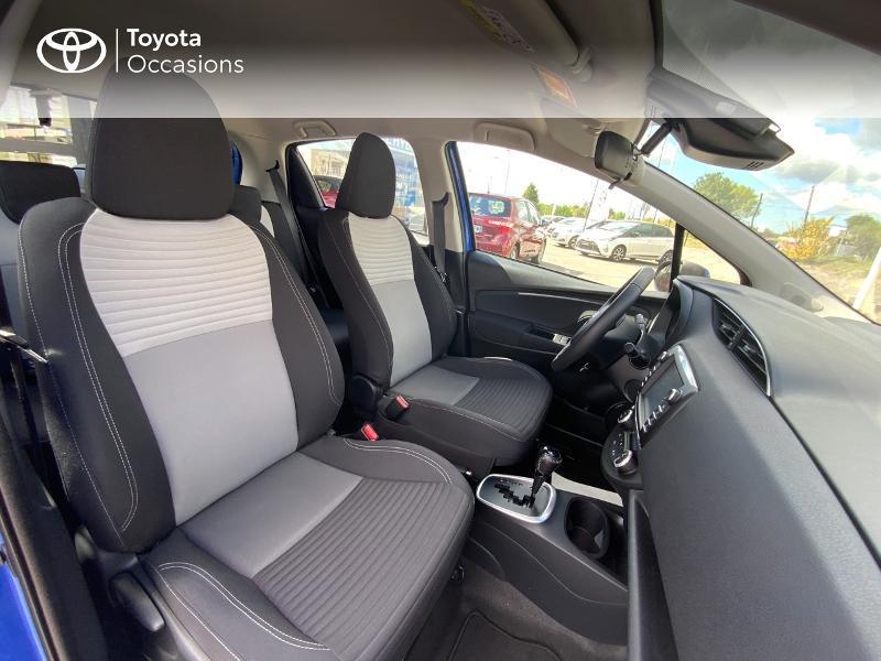 Toyota Yaris 100h Dynamic 5p MY19 Bleu occasion à Pluneret - photo n°6