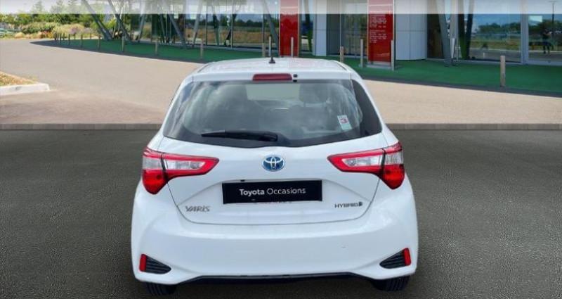 Toyota Yaris 100h Dynamic 5p RC18 Blanc occasion à Hoenheim - photo n°4