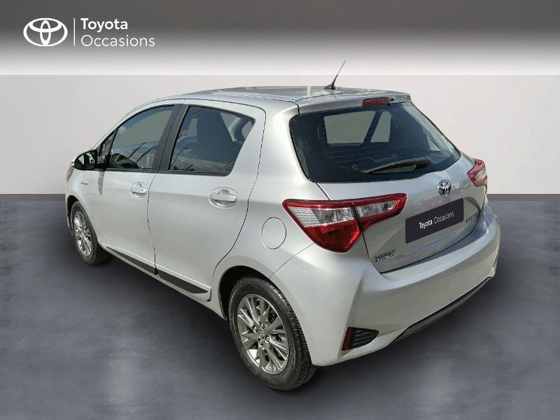 Toyota Yaris 100h Dynamic 5p RC18  occasion à Pluneret - photo n°2