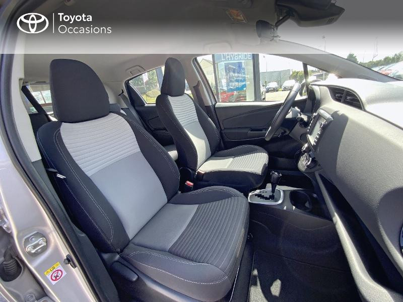 Toyota Yaris 100h Dynamic 5p RC18  occasion à Pluneret - photo n°6