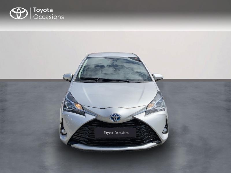 Toyota Yaris 100h Dynamic 5p RC18  occasion à Pluneret - photo n°5
