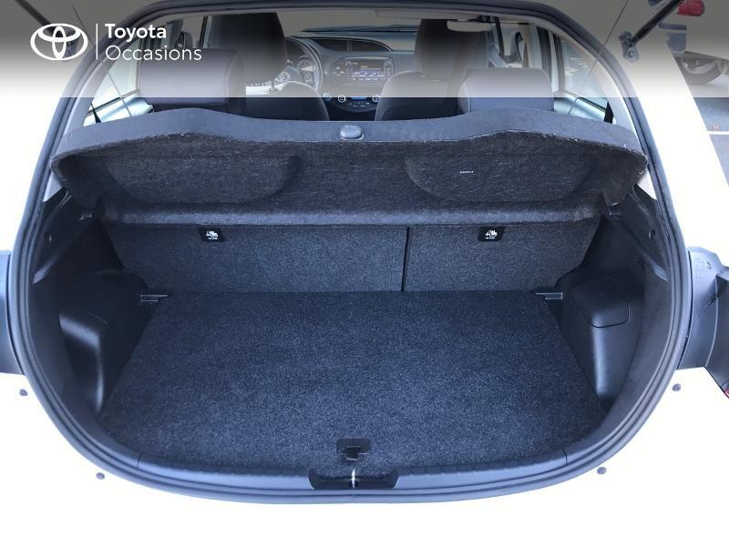 Toyota Yaris 100h Dynamic 5p Blanc occasion à Albi - photo n°15