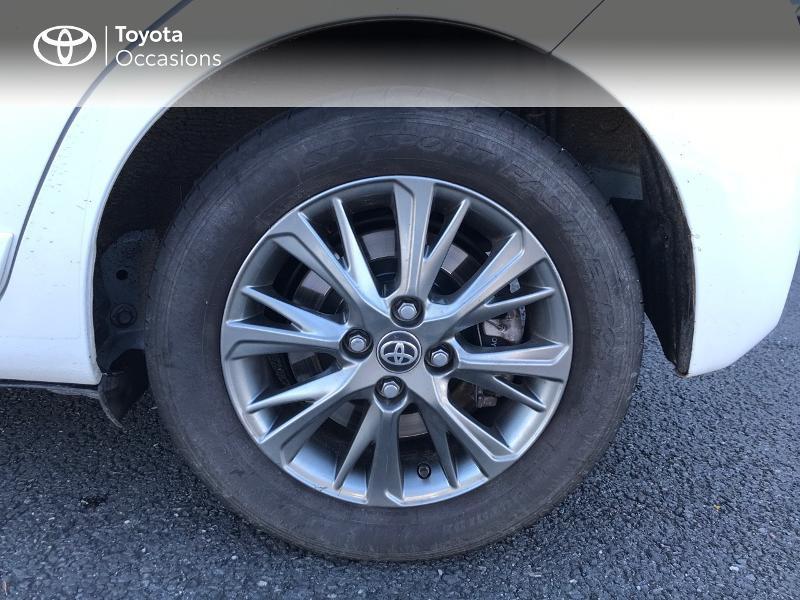 Toyota Yaris 100h Dynamic 5p Blanc occasion à Albi - photo n°4
