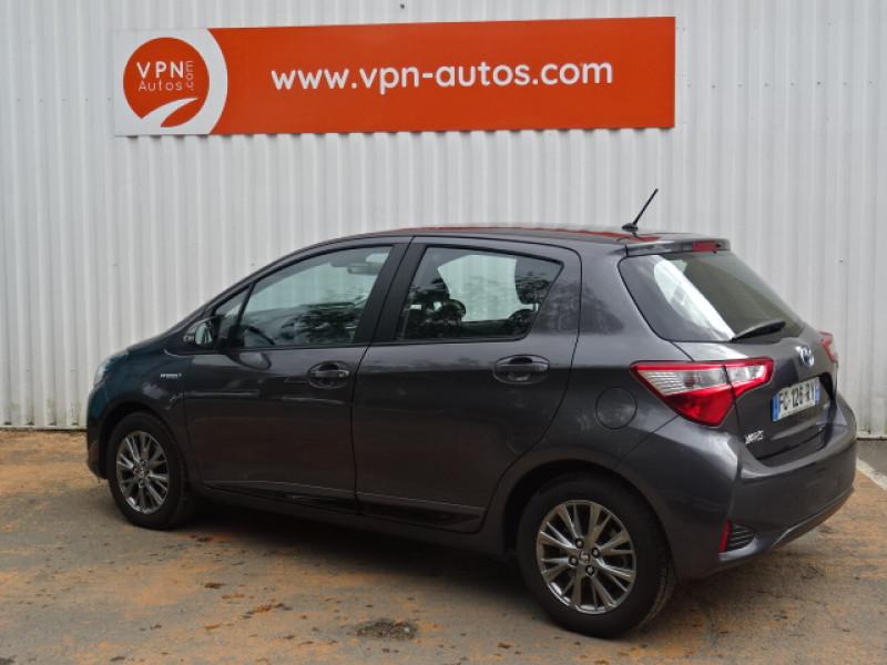 Toyota Yaris 100H DYNAMIC 5P Gris occasion à Mérignac - photo n°4