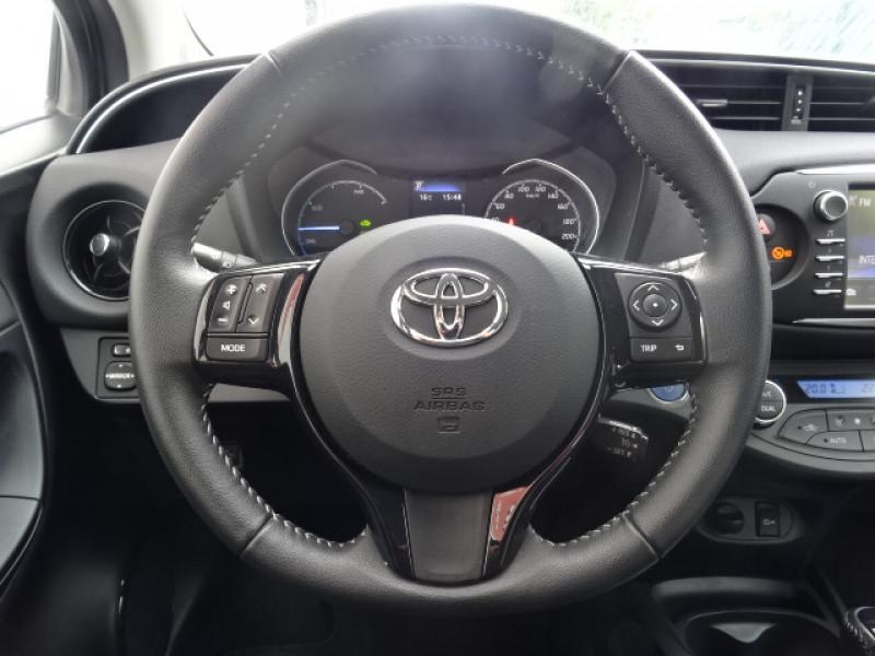 Toyota Yaris 100H DYNAMIC 5P Gris occasion à Mérignac - photo n°14