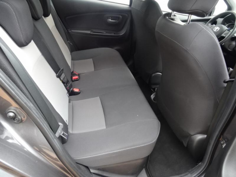 Toyota Yaris 100H DYNAMIC 5P Gris occasion à Mérignac - photo n°13