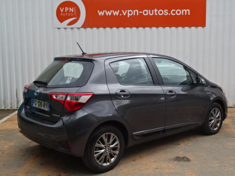 Toyota Yaris 100H DYNAMIC 5P Gris occasion à Mérignac - photo n°2